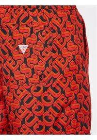 Guess Szorty kąpielowe F1GT01 TEL60 Czerwony Regular Fit. Kolor: czerwony