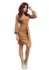 Numoco - Karmelowa Wyjątkowa Sukienka z Wiązaniem w Pasie. Materiał: elastan, wiskoza