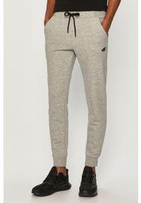Szare spodnie dresowe 4f gładkie