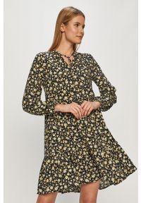 Vila - Sukienka. Kolor: czarny. Materiał: wiskoza, tkanina, materiał. Długość rękawa: długi rękaw. Typ sukienki: rozkloszowane