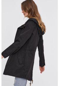 Czarna kurtka Answear Lab z kapturem, gładkie