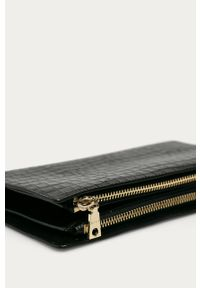 Czarna kopertówka DKNY