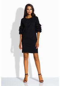 Czarna sukienka dzianinowa Lemoniade z falbankami, prosta, mini