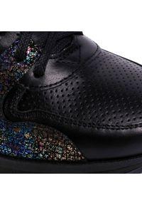 Czarne buty sportowe Oleksy z cholewką, na co dzień