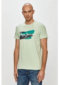 Pepe Jeans - T-shirt Aitor. Kolor: zielony. Wzór: nadruk