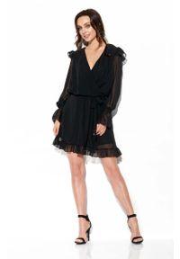 Lemoniade - Kopertowa Rozkloszowana Sukienka z Jedwabiem - Czarna. Kolor: czarny. Materiał: jedwab. Typ sukienki: kopertowe