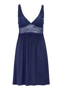 Niebieska piżama Triumph w koronkowe wzory