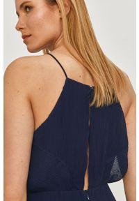 Pepe Jeans - Sukienka Mine. Kolor: niebieski. Materiał: tkanina. Długość rękawa: na ramiączkach. Wzór: gładki. Typ sukienki: plisowane, rozkloszowane