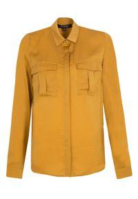 TOP SECRET - Gładka koszula z długim rękawem i kieszeniami. Okazja: do pracy. Kolor: żółty. Długość rękawa: długi rękaw. Długość: długie. Wzór: gładki. Sezon: wiosna. Styl: elegancki