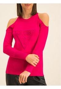 Różowy sweter klasyczny Guess