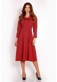 Lou-Lou - Bordo Sukienka Midi z Wykładanym Kołnierzem. Materiał: wiskoza, poliester, elastan. Długość: midi