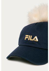 Niebieska czapka z daszkiem Fila z nadrukiem
