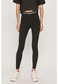 Czarne legginsy Calvin Klein Performance z podwyższonym stanem, z nadrukiem