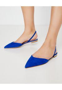 NINA LILOU - Niebieskie sandały z zamszowej skóry. Zapięcie: pasek. Kolor: niebieski. Materiał: zamsz, skóra. Sezon: lato, wiosna. Obcas: na płaskiej podeszwie