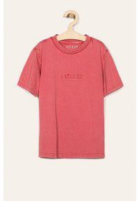 Różowy t-shirt Guess Jeans casualowy, z aplikacjami, na co dzień