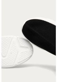 Czarne buty sportowe Answear Lab z okrągłym noskiem, na obcasie, na średnim obcasie