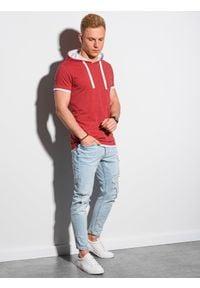 Czerwony t-shirt Ombre Clothing z kapturem, melanż