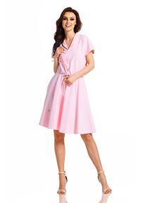 e-margeritka - Sukienka dresowa elegancka rozkloszowana - pudrowy róż, xl. Okazja: na co dzień. Kolor: różowy. Materiał: dresówka. Wzór: gładki, jednolity. Sezon: lato, wiosna. Typ sukienki: proste, rozkloszowane. Styl: elegancki. Długość: midi