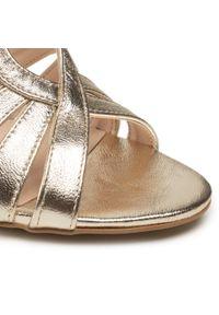 Złote sandały sagan