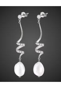 SIN BY MANNEI - Srebrne kolczyki Jojo. Materiał: srebrne. Kolor: srebrny. Kamień szlachetny: cyrkonia, perła