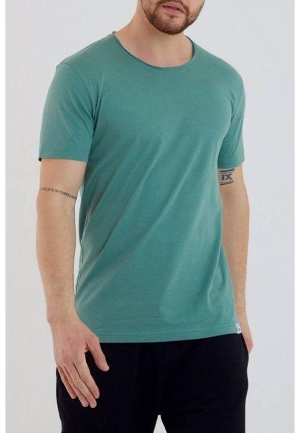 IVET - T-shirt męski FABER MINT. Okazja: na co dzień. Kolor: miętowy. Materiał: materiał, jeans. Styl: casual, klasyczny