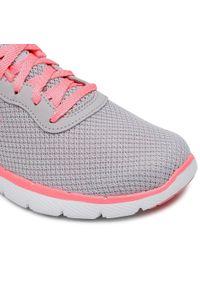 Szare buty do fitnessu skechers z cholewką, na płaskiej podeszwie