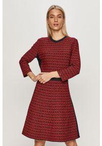 Czerwona sukienka TOMMY HILFIGER prosta, casualowa