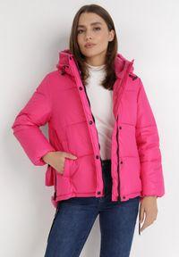 Born2be - Różowa Kurtka Magris. Kolor: różowy. Materiał: tkanina, futro. Wzór: aplikacja