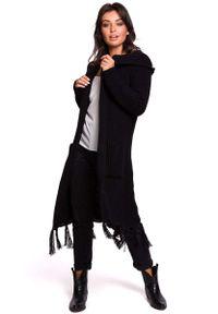 MOE - Czarny Płaszczowy Kardigan z Frędzlami. Kolor: czarny. Materiał: akryl