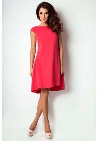 Różowa sukienka na imprezę IVON