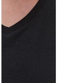 Czarny t-shirt Brave Soul gładki, casualowy, na co dzień