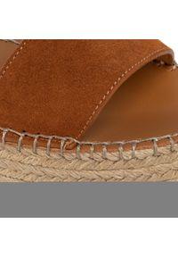 Brązowe sandały See By Chloé na obcasie, na średnim obcasie
