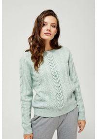 MOODO - Sweter z warkoczowym splotem. Materiał: akryl, wełna, wiskoza, poliester. Długość rękawa: długi rękaw. Długość: długie. Wzór: ze splotem. Styl: klasyczny