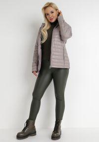 Born2be - Beżowa Kurtka Katathe. Kolor: beżowy. Materiał: tkanina, jeans, nylon. Długość: krótkie