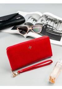 Czerwony portfel MILANO DESIGN w kolorowe wzory