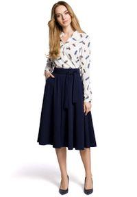 MOE - Granatowa Rozkloszowana Wizytowa Spódnica Midi z Paskiem. Kolor: niebieski. Materiał: poliester, wiskoza, elastan. Styl: wizytowy