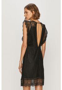 Czarna sukienka only na co dzień, prosta, mini