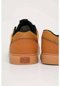 Sneakersy DC na sznurówki, z cholewką, z okrągłym noskiem