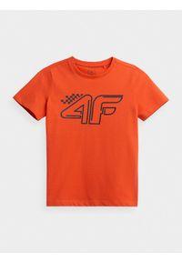 4f - T-shirt z nadrukiem chłopięcy. Kolor: pomarańczowy. Materiał: bawełna, dzianina, materiał. Wzór: nadruk