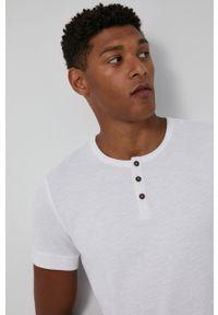 medicine - Medicine - T-shirt bawełniany Basic. Kolor: biały. Materiał: bawełna. Długość: krótkie. Wzór: gładki