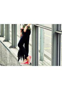 Zapato - półbuty na koturnie - skóra naturalna - model 024 - kolor czarny. Okazja: na spotkanie biznesowe. Kolor: czarny. Materiał: skóra. Wzór: nadruk, kolorowy, gładki. Obcas: na koturnie. Styl: biznesowy, sportowy, klasyczny, glamour, elegancki. Wysokość obcasa: wysoki