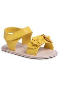 Żółte sandały Mayoral casualowe, z aplikacjami