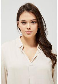 MOODO - Sukienka koszulowa. Materiał: wiskoza. Wzór: gładki. Typ sukienki: koszulowe