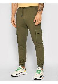 Only & Sons - ONLY & SONS Spodnie dresowe Kian 22019485 Zielony Regular Fit. Kolor: zielony. Materiał: dresówka
