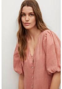 mango - Mango - Sukienka FREE. Kolor: różowy. Materiał: włókno, tkanina. Długość rękawa: krótki rękaw. Typ sukienki: rozkloszowane