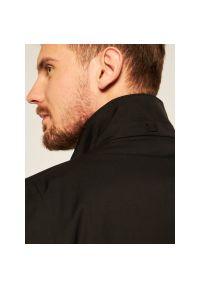 Czarny płaszcz przejściowy Strellson