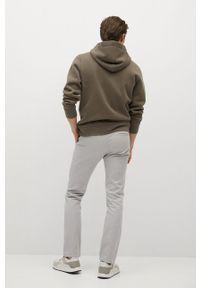 Mango Man - Spodnie BARNA. Kolor: szary. Materiał: tkanina, bawełna. Wzór: gładki