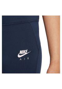 Getry sportowe dla dziewcząt Nike Air Dri-FIT DD7633. Stan: podwyższony. Materiał: materiał, poliester. Technologia: Dri-Fit (Nike). Wzór: aplikacja