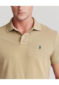 Ralph Lauren - RALPH LAUREN - Beżowa koszulka polo Mesh Classic Fit. Typ kołnierza: polo. Kolor: beżowy. Materiał: mesh. Wzór: haft #3