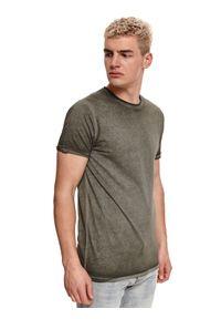TOP SECRET - T-shirt z efektem sprania. Okazja: na co dzień. Kolor: brązowy. Materiał: bawełna, tkanina. Długość rękawa: krótki rękaw. Długość: krótkie. Sezon: lato. Styl: wakacyjny, klasyczny, casual